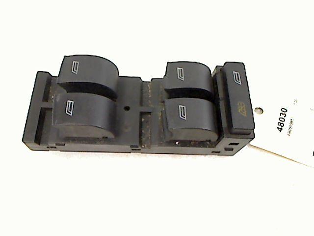 interrupteur de leve vitre avant gauche audi a3 essence. Black Bedroom Furniture Sets. Home Design Ideas