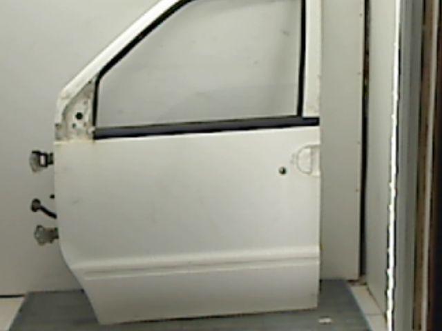 Porte avant gauche NISSAN VANETTE Diesel